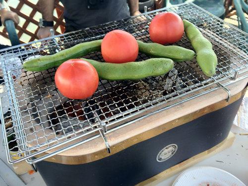 大型黒七輪の夏野菜炭火焼き